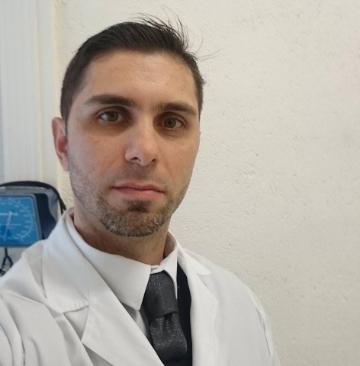 Doctor-Monjo-Cirujano-Plastico-rs